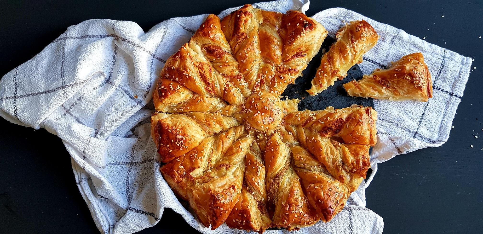 Bucură-te de un soare plin cu brânză și pastă de măsline